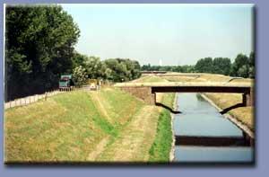 Foto zeigt die Bauphase 1999